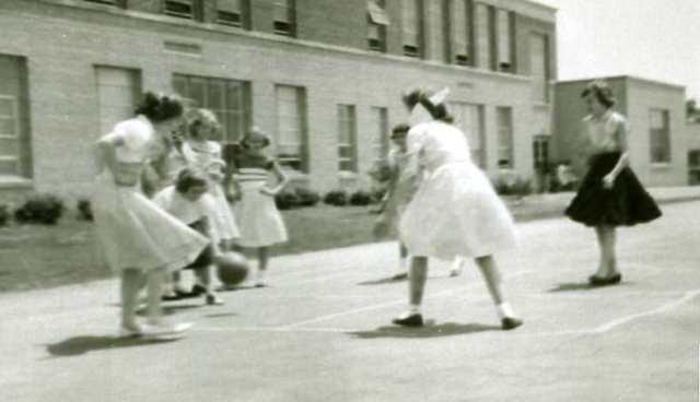 Four Square - Women 1956